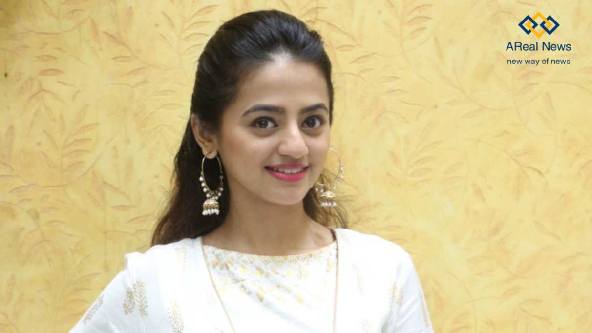 Helly-Shah-