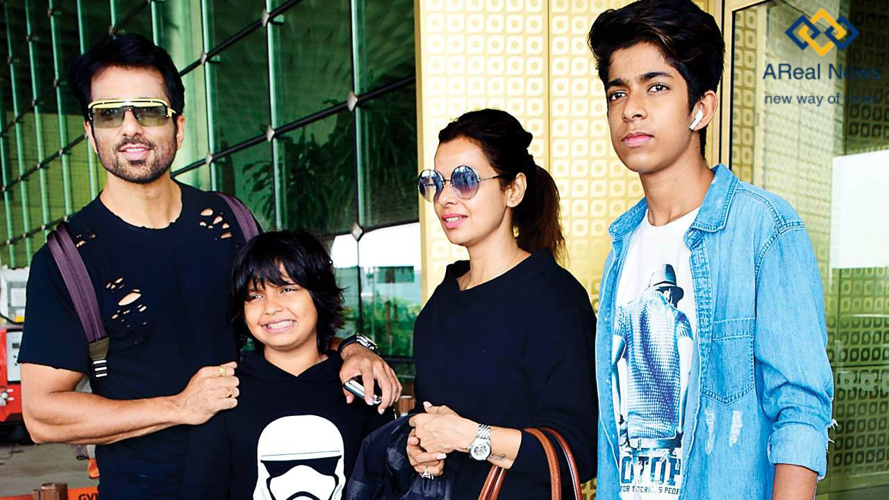 Sonu-Sood-with-his-family