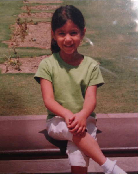 Sonia Rathee Childhood Picture